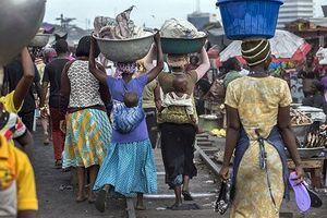 Lấp 'hố sâu' bất bình đẳng việc làm giữa nam và nữ