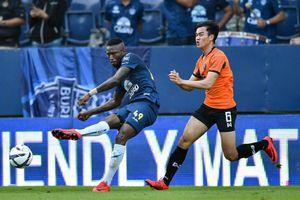 Hoàng Vũ Samson bất ngờ bị Buriram United thanh lý hợp đồng