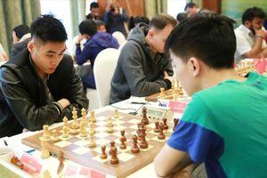 Anh em kỳ thủ Tuấn Minh – Minh Thắng gây ấn tượng mạnh