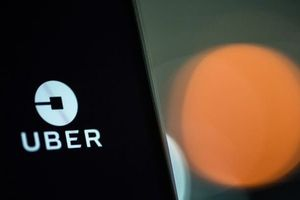 Uber tại Đông Nam Á sắp bị Grab thâu tóm