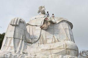 An Giang: Buộc tháo dỡ tượng Bà Chúa Xứ xây dựng trái phép