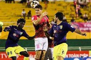 NutiCafé V-League 2018: Sự 'cô đơn' trên đỉnh