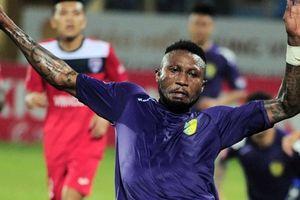 Samson trở lại V.League sau khi bị CLB Thái Lan thanh lý hợp đồng