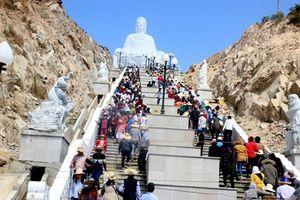 Nô nức trẩy hội chùa Ông Núi - có lịch sử hơn 300 năm