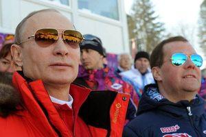 Tổng thống Putin bất ngờ tiết lộ các thông tin 'động trời' trước giờ G