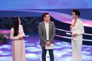 Quà 8-3 của Hoa hậu H'Hen Niê khi đảm nhiệm vai trò MC 'Thay lời muốn nói' dành cho mẹ