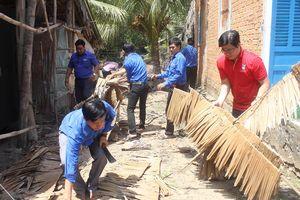Đoàn Khối Dân - Chính - Đảng TPHCM khởi công xây dựng 2 nhà tình thương