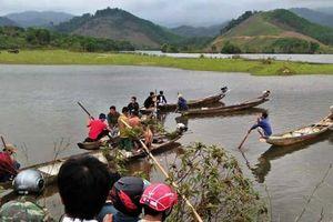 Bé gái 11 tuổi mất tích ở Huế: Huy động thợ lặn tìm trên sông A Sáp