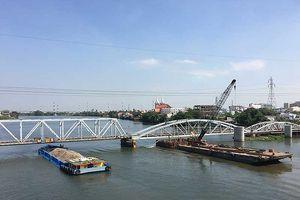 Chui qua cầu đường sắt Bình Lợi phải nộp phí?