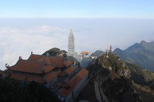 Khám phá nét đẹp hùng vỹ của quần thể kiến trúc tâm linh trên đỉnh Fansipan