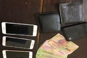 Thanh Hóa: Liên tục bắt 2 đối tượng có tiền án, tiền sự tổ chức đánh bạc