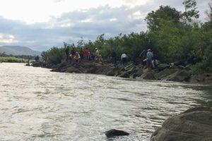 5 người chết đuối, 4 người mất tích trên sông Hồng