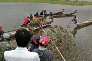Tìm thấy thi thể bé gái mất tích khi đi chăn trâu ở trên sông