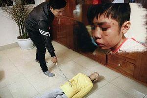 Vụ bé trai 10 tuổi bị bạo hành dã man: Bố đẻ bị khởi tố thêm tội danh mới