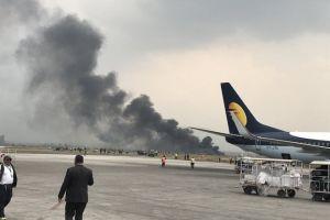 Máy bay chở khách bốc cháy tại sân bay Nepal, 50 người chết