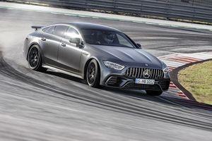 Mercedes-Benz trở thành thương hiệu ô tô giá trị nhất thế giới
