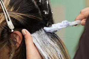 Bị xơ gan do nhuộm tóc quá nhiều