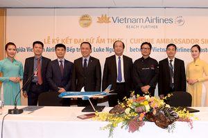 Bếp trưởng người Australia gốc Việt trở thành Đại sứ ẩm thực toàn cầu của Vietnam Airlines