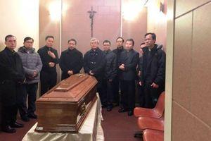 Linh cữu Đức Tổng giám mục Giáo phận TP HCM được đưa về Việt Nam