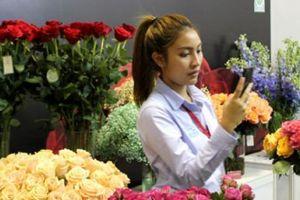 Ngắm dàn hoa ở 'nước người ta' đẹp mê hồn tại triển lãm rau, hoa