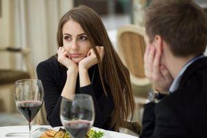 9 dấu hiệu cảnh báo bạn cần thay đổi chế độ ăn uống