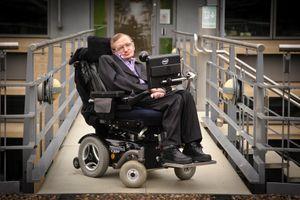 Cỗ máy của 'ông già thông minh nhất thế giới' Stephen Hawking