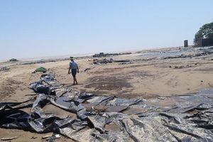 Thanh Hóa: Phát tiền hỗ trợ lũ lụt, xã 'tiện thể' cắt phí vệ sinh môi trường