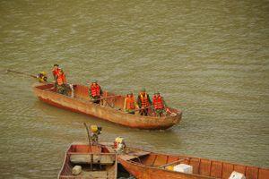 Tìm đủ thi thể 9 công nhân bị đuối nước trên sông Hồng