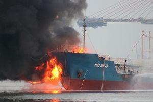 Tàu chở xăng dầu phát nổ: Công ty lý giải việc chở xăng 'khai tử' A92