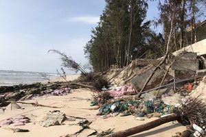 Bình Thuận kiểm tra tình trạng sạt lở bờ biển tại xã Thuận Quý