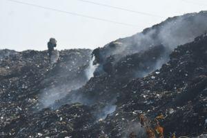 Quảng Nam: Bãi tập kết 100 tấn rác/ngày ở Hội An vẫn âm ỉ cháy