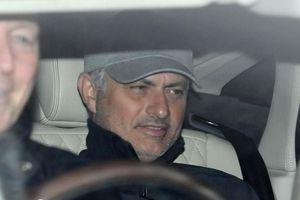 MU bấn loạn, Mourinho đòi 300 triệu bảng