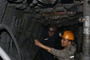 Quảng Ninh: Thợ mỏ tử vong do bị xe goòng đè vào người