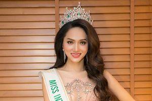 Chỉ với 4 phát ngôn, Hương Giang chứng minh xứng ngôi Hoa hậu Chuyển giới Quốc tế 2018