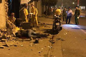 Xe máy đâm vào tường gạch ven đường, 2 thanh niên tử vong