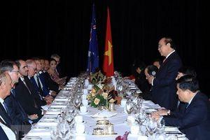 Thủ tướng Nguyễn Xuân Phúc gặp gỡ lãnh đạo các doanh nghiệp hàng đầu Australia