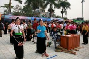 Khai mạc Lễ hội Hoa Ban Điện Biên