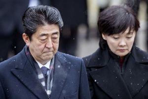 Bê bối đất đai đeo bám Thủ tướng Shinzo Abe
