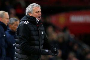 Chưa hết mùa, Mourinho đã tính chuyện thanh lý cầu thủ M.U