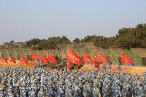 Trung Quốc tập trận lớn thách thức Mỹ