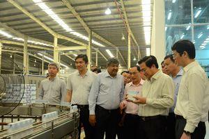 Bí thư, Chủ tịch Long An khảo sát dự án nông nghiệp ứng dụng công nghệ cao tại Nghệ An