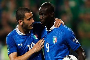 Tuyển Ý không gọi Balotelli, giữ Buffon