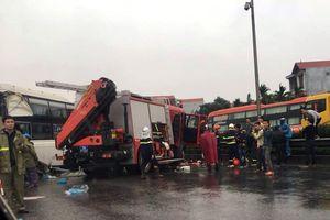 3 vụ tai nạn liên tiếp trên cao tốc Pháp Vân, nhiều người bị thương