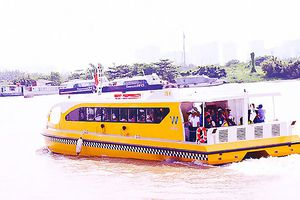 Buýt sông chủ yếu phục vụ… du khách