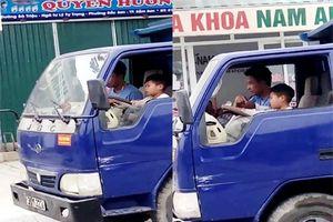 Phạt chủ phương tiện cho cháu bé 10 tuổi 'làm xiếc' với xe tải trên đường