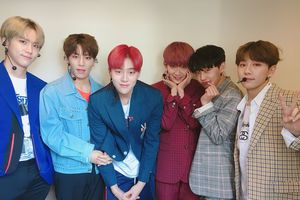 Mặc fan biểu tình, CJ tiếp tục tiết lộ thông tin concert cuối của nhóm nhạc 'không tưởng' JBJ