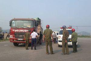 Tai nạn giao thông, thai phụ cùng con trai tử vong dưới bánh xe tải