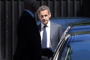 Cảnh sát Pháp thẩm vấn cựu Tổng thống Sarkozy
