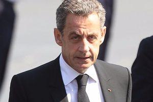 Cựu Tổng thống Pháp Sarkozy bị bắt với cáo buộc nhận hàng valy tiền