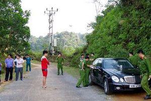 Thông tin bất ngờ vụ cán bộ xây dựng và vợ con tử vong trên xe Mercedes